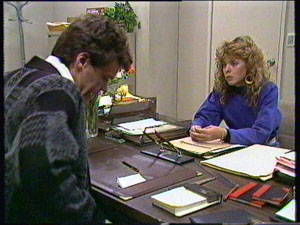 Paul Robinson, Charlene Mitchell in Neighbours Episode 0373