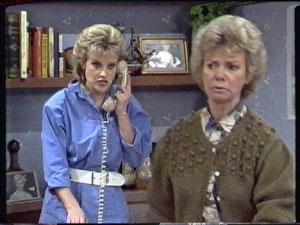 Daphne Clarke, Helen Daniels in Neighbours Episode 0387
