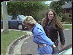 Daphne Clarke, Kelly Morgan in Neighbours Episode 0387