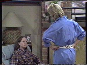 Kelly Morgan, Daphne Clarke in Neighbours Episode 0387