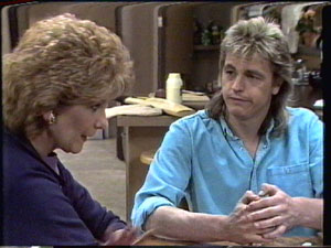 Madge Mitchell, Shane Ramsay in Neighbours Episode 0388