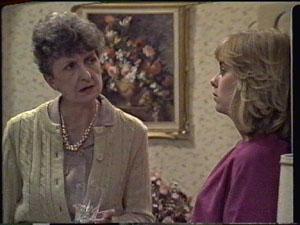 Nell Mangel, Jane Harris in Neighbours Episode 0388