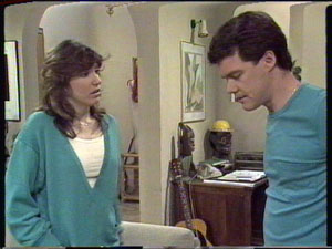 Susan Cole, Paul Robinson in Neighbours Episode 0389
