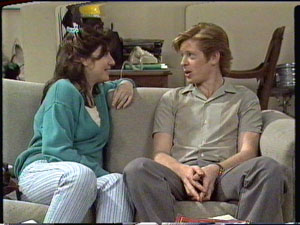 Clive Gibbons, Susan Cole in Neighbours Episode 0390