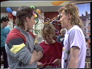Paul Robinson, Mike Young, Charlene Mitchell, Scott Robinson in Neighbours Episode 0390