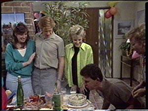 Susan Cole, Clive Gibbons, Daphne Clarke, Des Clarke, Eileen Clarke in Neighbours Episode 0390