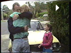 Jim Robinson, Scott Robinson, Lucy Robinson in Neighbours Episode 0391