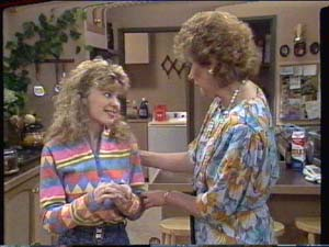 Madge Bishop, Charlene Mitchell in Neighbours Episode 0392