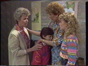 Helen Daniels, Lucy Robinson, Madge Bishop, Charlene Mitchell in Neighbours Episode 0392