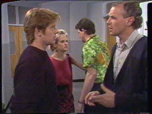 Clive Gibbons, Daphne Clarke, Des Clarke, Jim Robinson in Neighbours Episode 0392