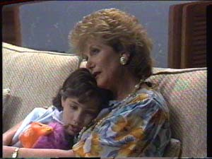 Lucy Robinson, Madge Bishop in Neighbours Episode 0392