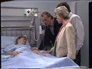Scott Robinson, Jim Robinson, Helen Daniels, Paul Robinson in Neighbours Episode 0393