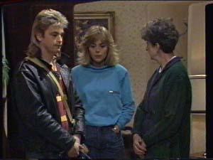 Shane Ramsay, Jane Harris, Nell Mangel in Neighbours Episode 0393
