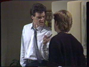 Paul Robinson, Clive Gibbons in Neighbours Episode 0393