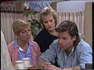 Daphne Clarke, Eileen Clarke, Mike Young in Neighbours Episode 0394