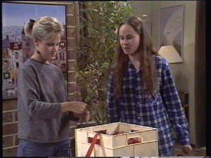 Daphne Clarke, Kelly Morgan in Neighbours Episode 0396