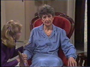 Jane Harris, Nell Mangel in Neighbours Episode 0396