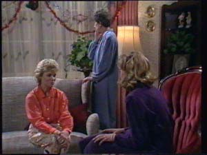 Helen Daniels, Nell Mangel, Jane Harris in Neighbours Episode 0397