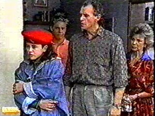 Lucy Robinson, Jim Robinson, Scott Robinson, Helen Daniels in Neighbours Episode 0489