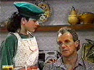 Lucy Robinson, Jim Robinson in Neighbours Episode 0491