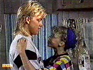 Scott Robinson, Charlene Mitchell in Neighbours Episode 0492