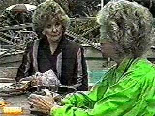Madge Bishop, Helen Daniels in Neighbours Episode 0498