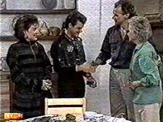 Gail Robinson, Paul Robinson, Jim Robinson, Helen Daniels in Neighbours Episode 0500