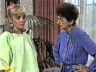 Jane Harris, Nell Mangel in Neighbours Episode 0500