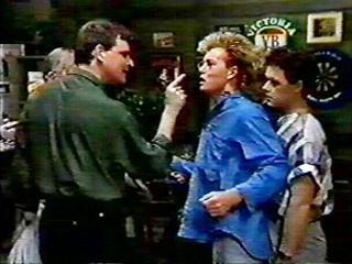 Des Clarke, Scott Robinson in Neighbours Episode 0520