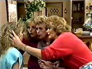 Charlene Mitchell, Jane Harris, Edna Ramsay, Madge Mitchell in Neighbours Episode 0522