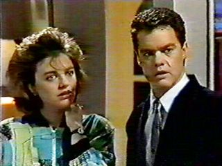 Gail Robinson, Paul Robinson in Neighbours Episode 0522