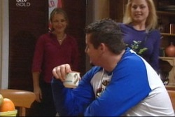 Steph Scully, Toadie Rebecchi, Dee Bliss in Neighbours Episode 3818