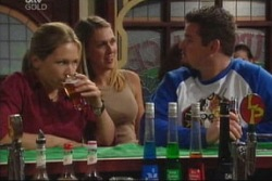 Steph Scully, Tracey Fisher, Toadie Rebecchi in Neighbours Episode 3818