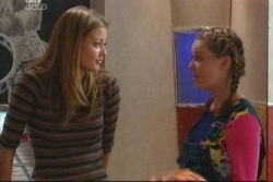 Felicity Scully, Michelle Scully in Neighbours Episode 3819