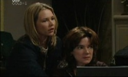 Steph Scully, Lyn Scully in Neighbours Episode 3834
