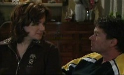 Lyn Scully, Joe Scully in Neighbours Episode 3834