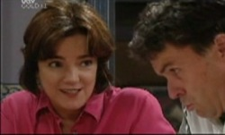 Lyn Scully, Joe Scully in Neighbours Episode 3835