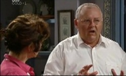Lyn Scully, Harold Bishop in Neighbours Episode 3835