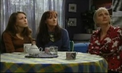 Libby Kennedy, Susan Kennedy, Maggie Hancock in Neighbours Episode 3835