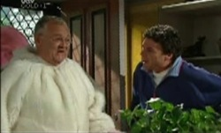 Harold Bishop, Joe Scully in Neighbours Episode 3838