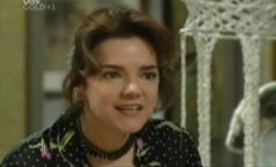 Lyn Scully in Neighbours Episode 3840