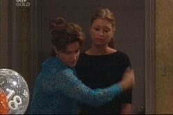 Felicity Scully, Lyn Scully in Neighbours Episode 3843