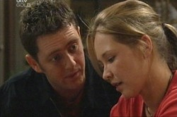 Larry Woodhouse (Woody), Steph Scully in Neighbours Episode 3846