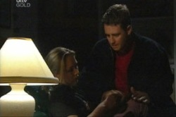 Steph Scully, Larry Woodhouse (Woody) in Neighbours Episode 3847