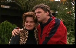 Lyn Scully, Joe Scully in Neighbours Episode 3852