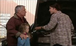 Lou Carpenter, Louise Carpenter (Lolly), Drew Kirk in Neighbours Episode 3853