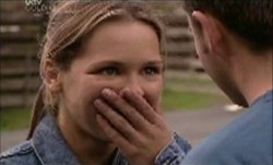 Steph Scully in Neighbours Episode 3853