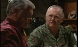 Lou Carpenter, Harold Bishop in Neighbours Episode 3854