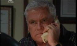 Lou Carpenter in Neighbours Episode 3855
