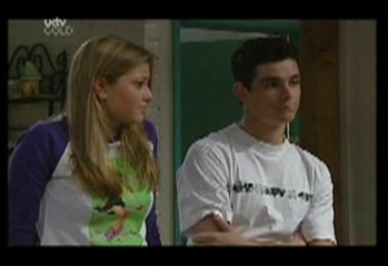 Paul McClain, Felicity Scully in Neighbours Episode 3857